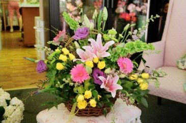 Garden Grapevine Basket sympathy