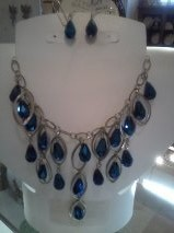 03 crystal bead necklace & earrings
