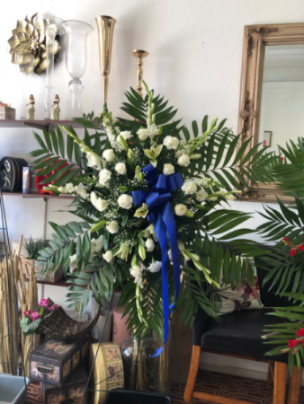 Blue And White Elegance   Standing Spray