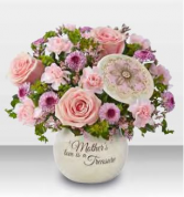 1-800 Flowers A Mother's Love Boquet Vase Arrangement