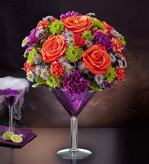 1-800-FLOWERS® SHOCKTAIL MARTINI BOUQUET™  in Valley City, OH | HILL HAVEN FLORIST & GREENHOUSE