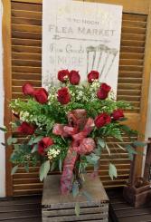 1 DOZEN PREMIUM ROSES Vase Arrangement
