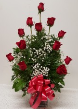1 Dozen Roses in a Square Vase(White,H.LPink)) Arr
