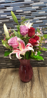 #1 Stunner  Pink and red vase arrangement