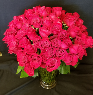 100 Long Stem Red Rose - 24 hr notice required Arrangement