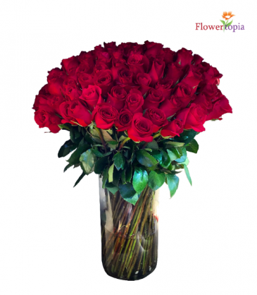 100 Red Roses in a Vase Roses Arrangement Bouquet