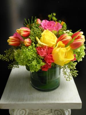 Spring's About Color EN-10 in Teaneck, NJ | ENCKE FLOWERS