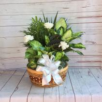 "12"" Wicker with Fresh Cut Flowers"