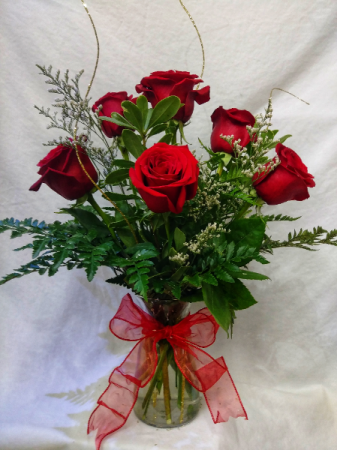 1/2 Dozen Roses 6 Premium Red Roses arranged in a glass vase