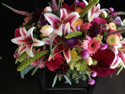 Monthly Seasonal Flower Arrangement Subscription Fresh Seasonal Arrangement