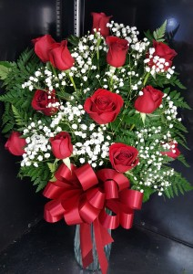 12 RED ROSES FLOWERS in Lancaster, SC | BALLOON EXPRESS