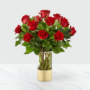 12 Red Roses in Vase  in Sunrise, FL | FLORIST24HRS.COM