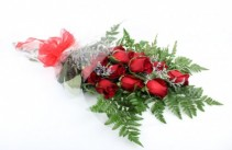 12 Red Roses Wrapped in Paper