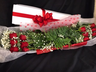 12 Roses Boxed