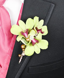 GLAMOROUS GREEN Prom Boutonniere