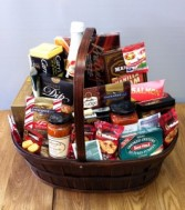 Queen Gourmet Basket