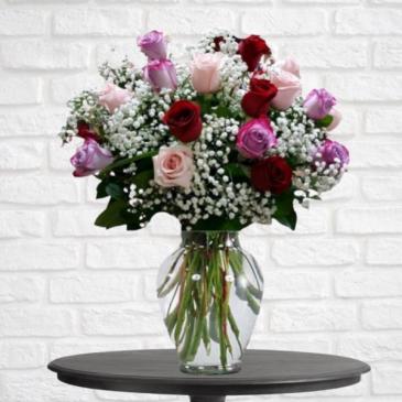 2 Dozen Sweetheart Mix Roses