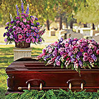 2 PC REMEMBERANCE PACKAGE PEDESTAL PIECE AND CASKET SPRAY