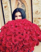 200 roses bouq