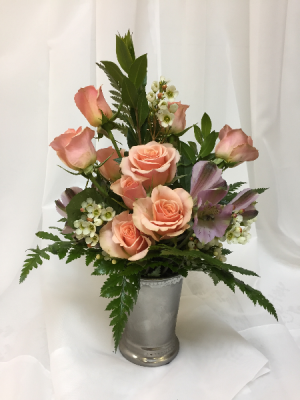 2019 Sweetheart Bouquet All around arrangement and colors will vary. in Berwick, LA | TOWN & COUNTRY FLORIST & GIFTS, INC.
