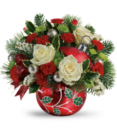 2019 Teleflora's Classic Holly Ornament Bouquet T19X405A