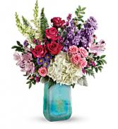 2019 Teleflora's Iridescent Beauty Bouquet T19M505A