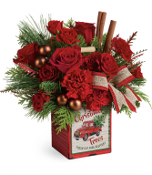 2019 Teleflora's Merry Vintage Christmas Bouquet T19X600B Deluxe