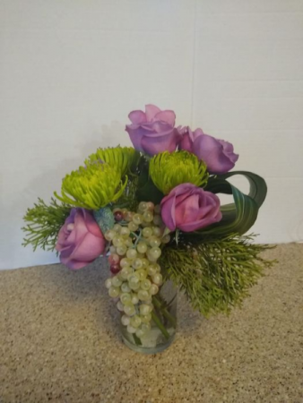 2021 New Year Wishes vase or basket of flowers for luck & posterity