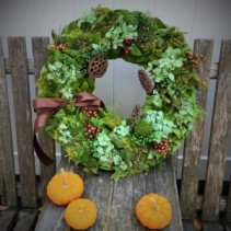 "24"" Magnolia Wreath Dried Wreath"