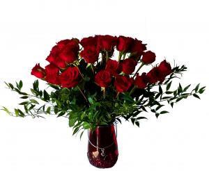 Red Roses with magnificent vase Red Roses Arrangement in Miami, FL | FLOWERTOPIA