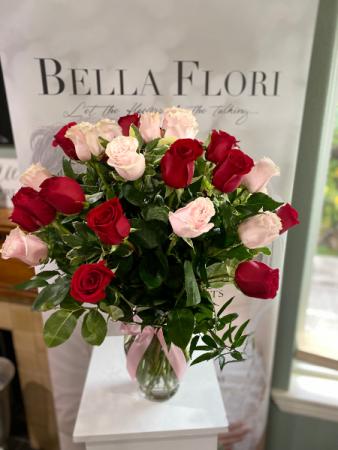 24 ROSES  ELEGANT AND MIXTURE FLOWERS