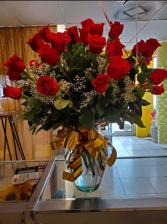 24 vase rose  Red roses