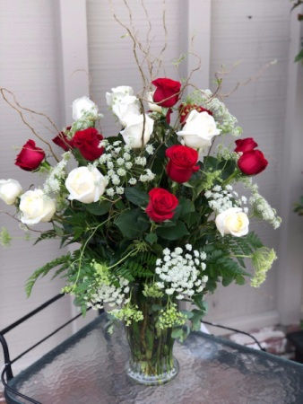 12 Red and 12 White Roses 2 dozen roses