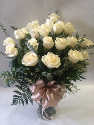 Two Dozen White Roses Arranged in Vase in Red Lake, ON | FOREVER GREEN GIFT BOUTIQUE