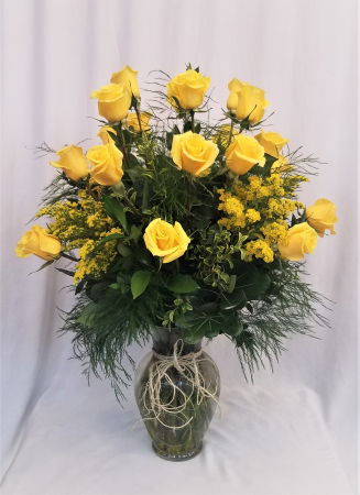 24 Yellow Burst Rose Arrangement