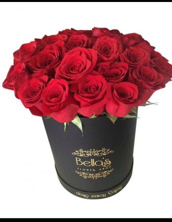 25 Fresh Roses Round Hat Box