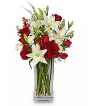 ALL IS MERRY & BRIGHT Holiday Bouquet in Dickinson, TX | ROSE PETAL FLOWERS