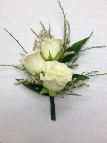 3 mini rose boutonier
