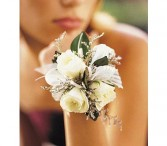 3 Mini Rose Wristlet                               Corsage