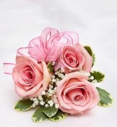 3 Pink Spray Rose Wristlet Corsage