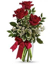 3 Red Rose Vase  Valentines Day