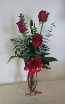 3 Rose Bud Vase Love