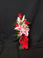 **SOLD OUT** 3 Roses and a Lily in Bud Vase Arrangment