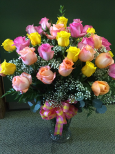 30 Assorted Roses Arranged in Vase