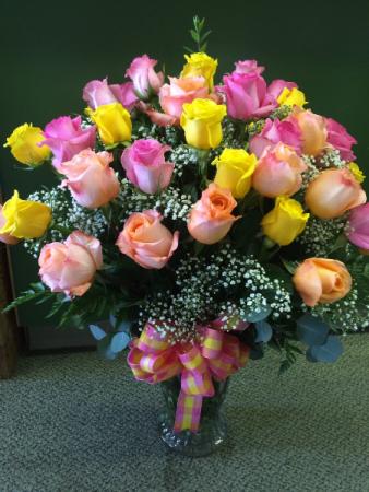 30 Assorted Roses Arranged in Vase