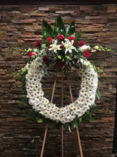 WHITE DAISY CIRCLE OF LIFE, W/CLUSTER WREATH W/CENTER CLUSTER ON A 6' STAND