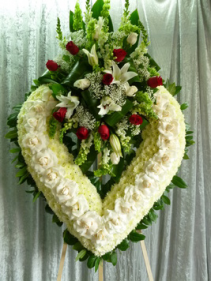 "32"" RED ROSE CLUSTER/OPEN WHITE HEART ON 6' STAND CALL IN 562/947-6199 TO CHANGE COLOR OF ROSES"