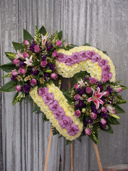 """CUSTOM 32"""" WHITE OPEN HEART 2-CLUSTERS ON 6' STAND CALL IN 562/947-6199 TO CHANGE COLOR OF ROSES"""
