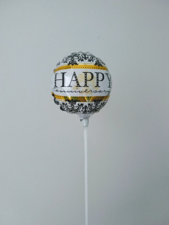 "Happy Anniversary! 4"" foil balloon"