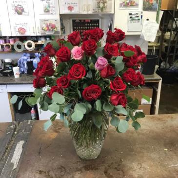 4 dozen Roses vase